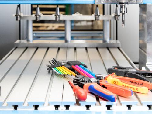 MillStep Automation GmbH · Ihr Partner für Fräsmaschinen · XY Wechsler